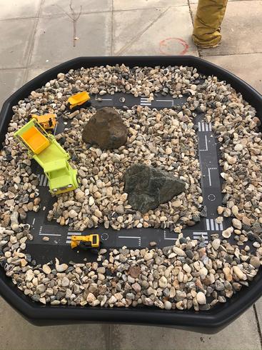 Construction small world