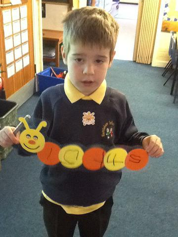 Writing numbers to 5
