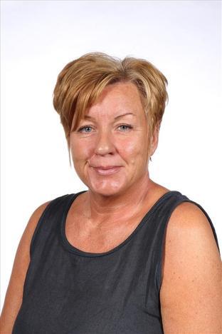 Mrs Curtis- R3