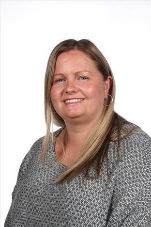 Mrs Merritt- Year 3 Leader/ Art Leader