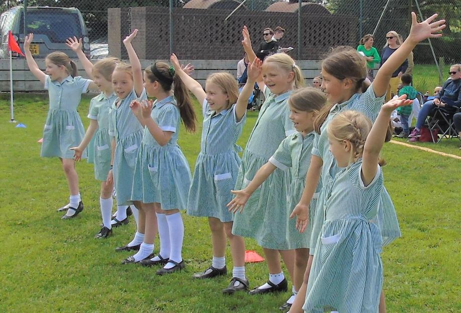 Class 3 Cheerleaders