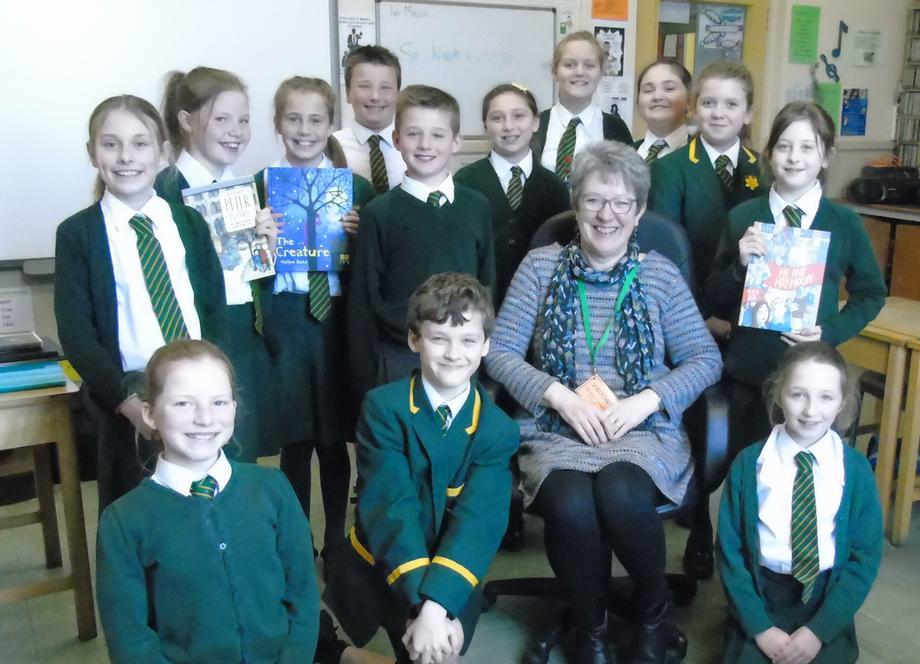 Helen Bate with Class 6