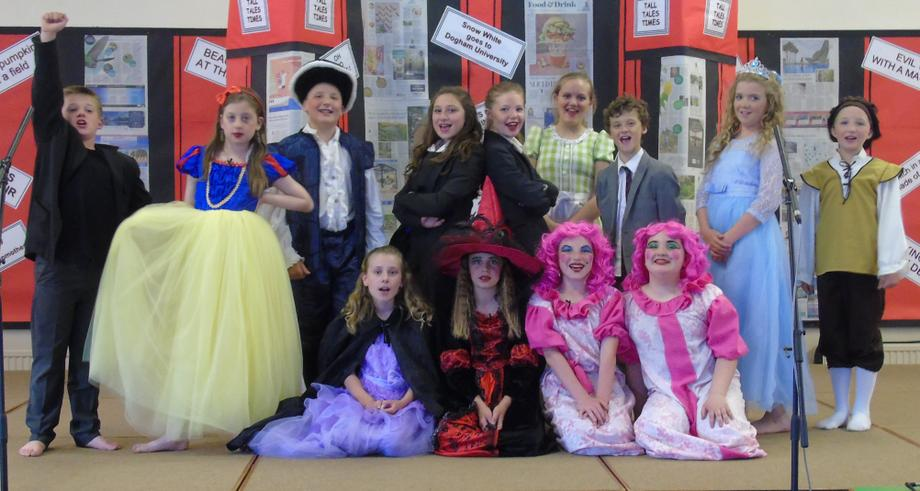 Class 6, all ready for the performance