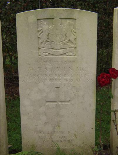 Wilfred Owen Head Stone