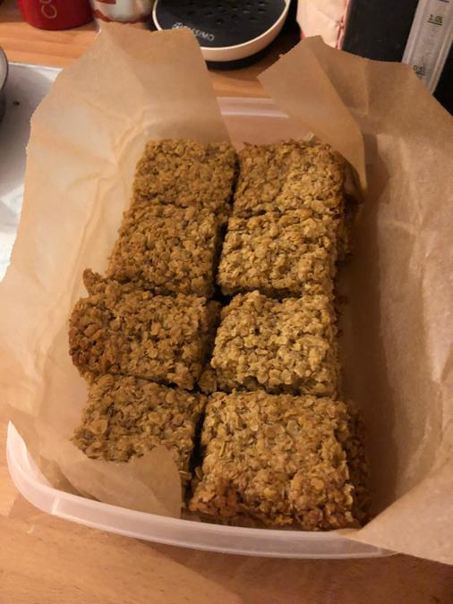 Brooke baked some flapjack for her cousins