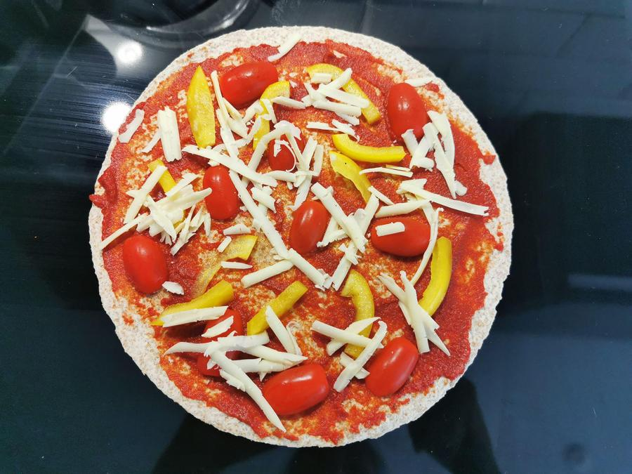 Yummy homemade pizza from Poppy