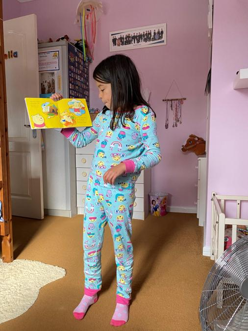 Keila has been reading to her family
