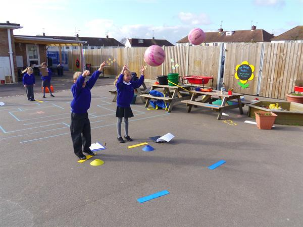 Maths - recording how far we can throw