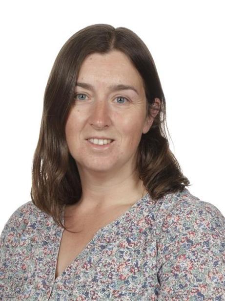 Mrs Nicola Marshall, Owls Class Teacher