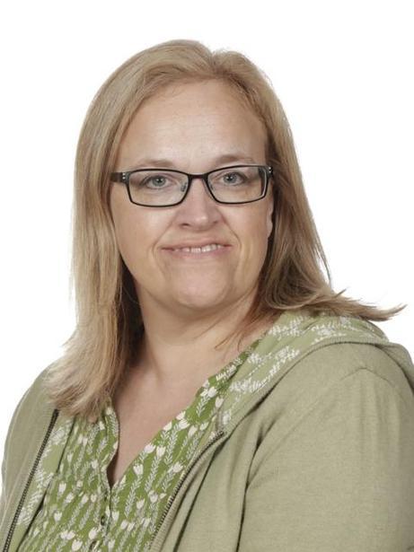 Mrs Yvette Tregunno, Learning Support Assistant