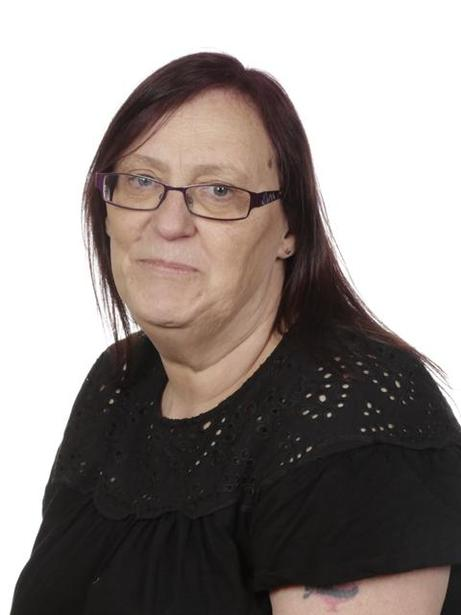 Mrs Tina Giles, Learning Support Assistant