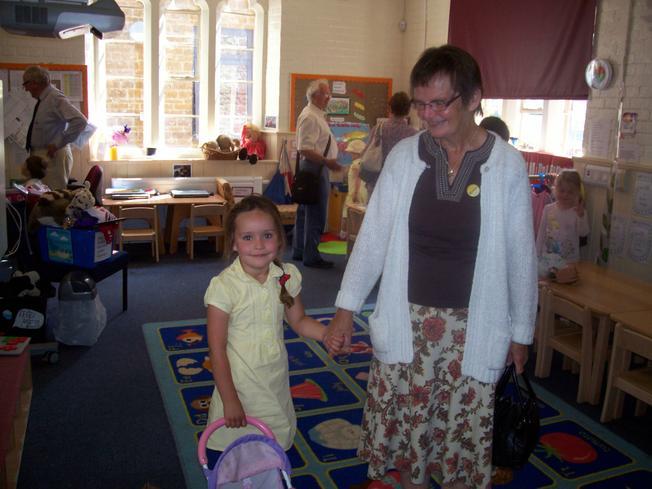 Abi showed Mrs Parsonage around.
