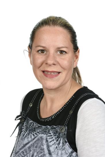 Miss K Lockwood