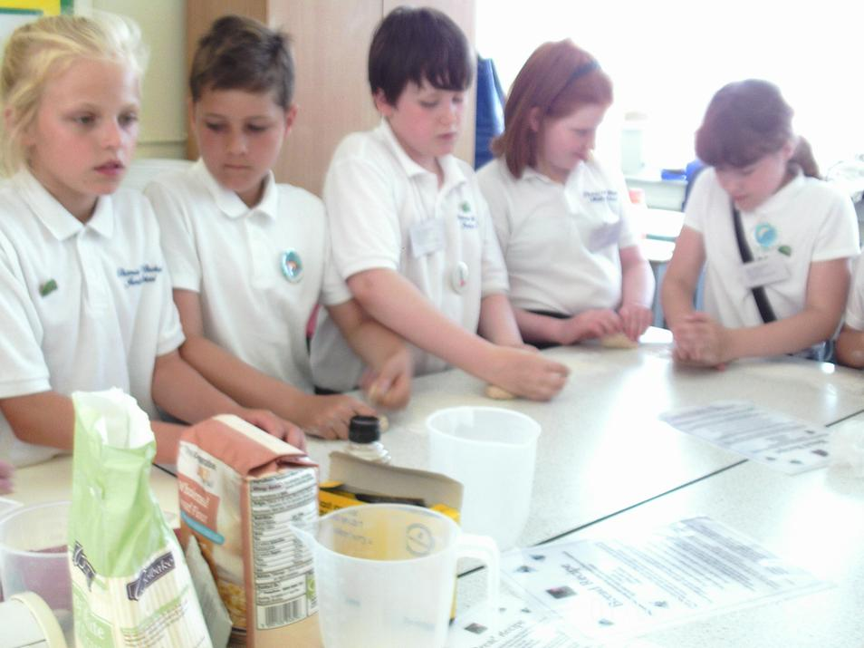 Photo of pupils making bread