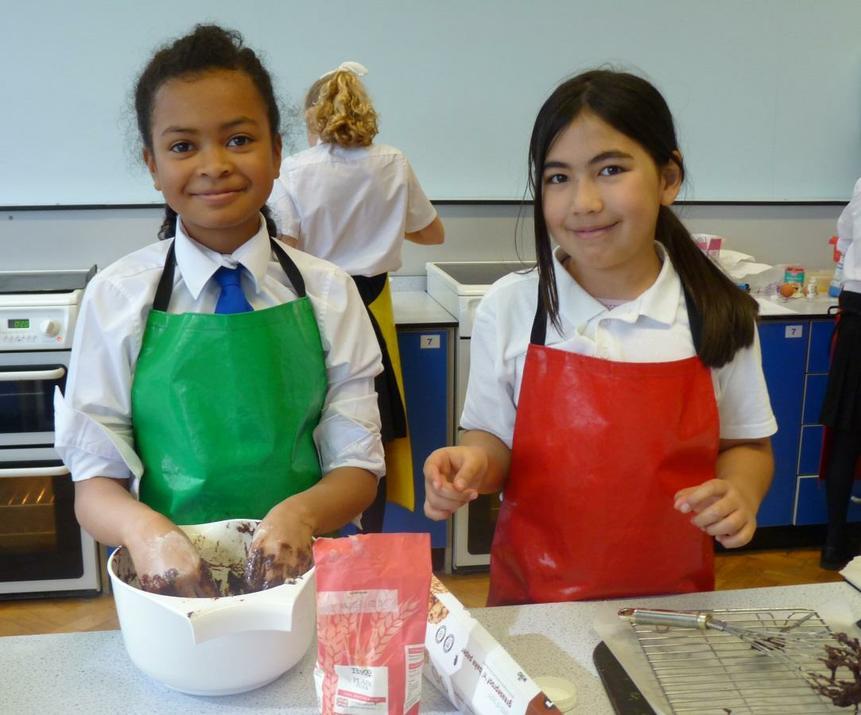 Photo of pupils baking