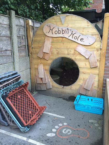 Hobbit Hole quiet area