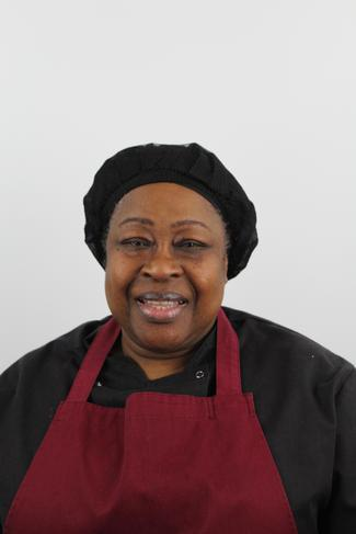 Elly Oppong (Chef Manager)