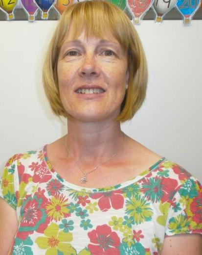 Mrs E Appleyard - HLTA