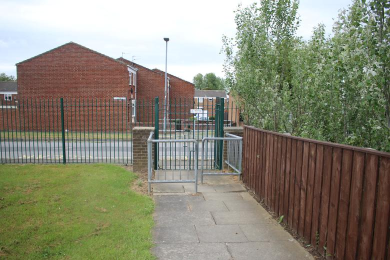 Torbay Grove Gate