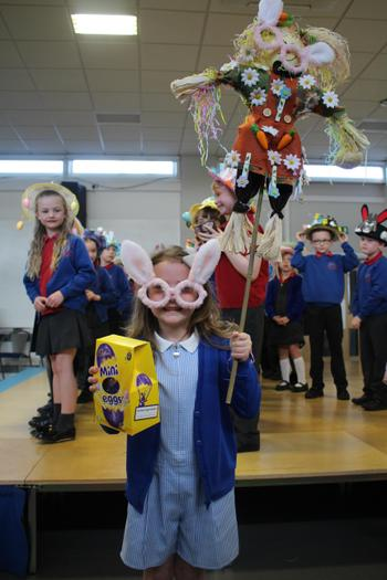 2nd Place Spring Bonnet/Scarecrow - Year 2