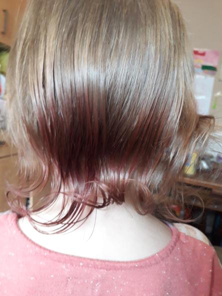 Wow! Great hair!
