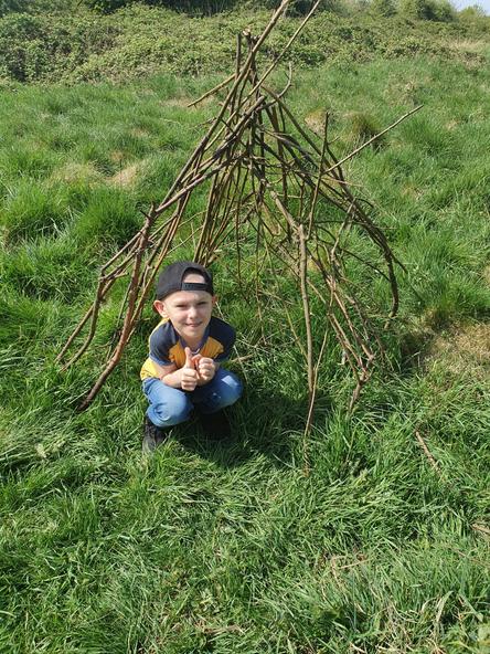 A super stick den. What a sculpture!