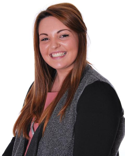 Miss Stokes- Inclusion Assistant