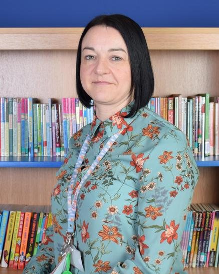 Ms Moreton