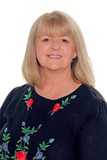 Mrs L Bowley, LSA