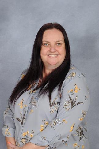 R Williams, Year 1 Teacher