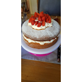 Holly's yummy Victoria sponge!!