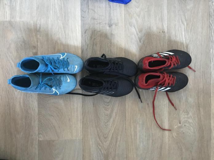 Even - 6 football boots!