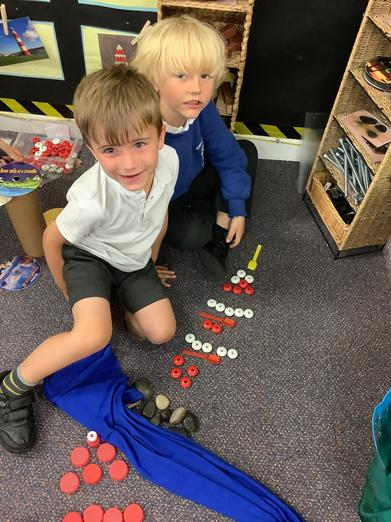 Loose parts lighthouse