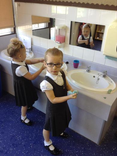 washing our hands ready for lunch