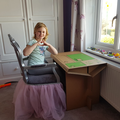A recycled desk for home learning