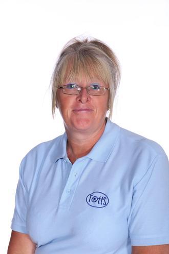 Mrs Wilson Playworker
