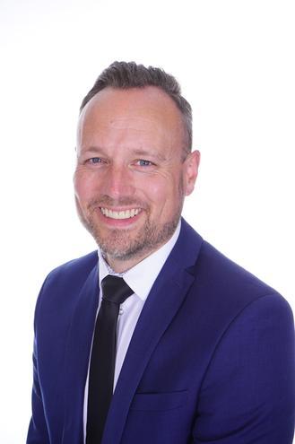 Mr Holden (Executive Headteacher)