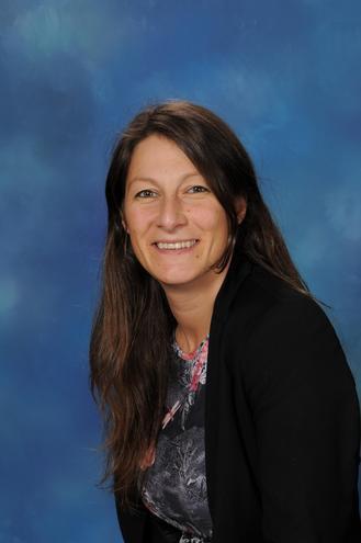 Ms Benz (Class teacher)