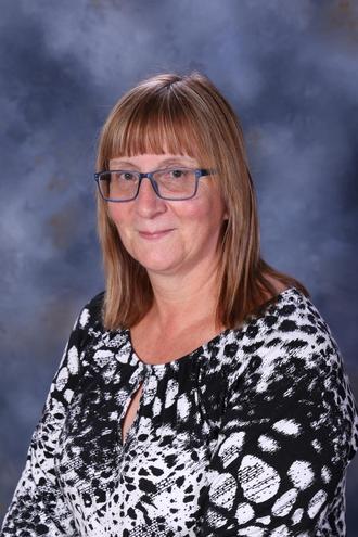 Mrs Nieland Playworker
