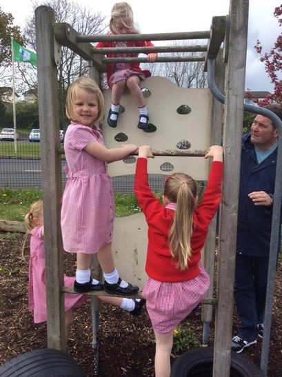 Great climbing girls!