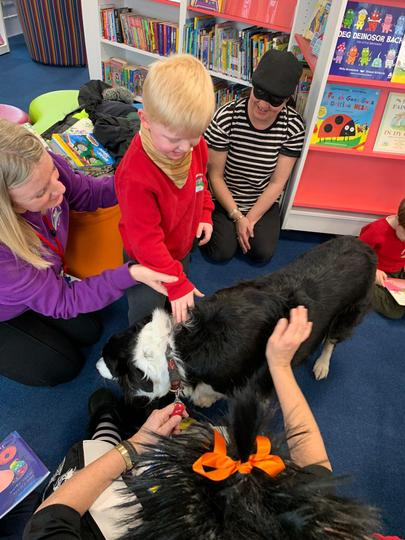 Visiting Stella the Reading Dog in the library