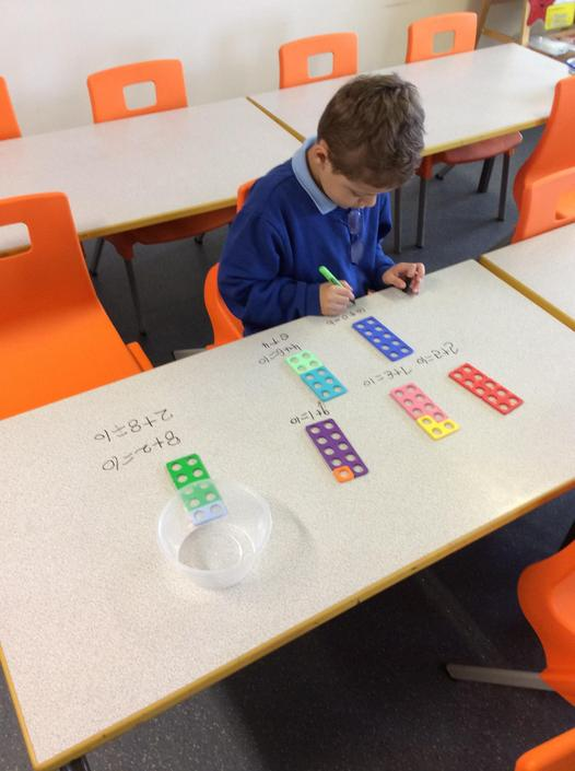 Using numicon to find numbers that add to make 10