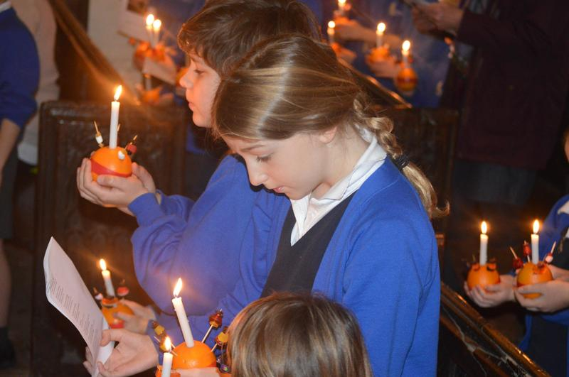 Christingle Service at St Andrews