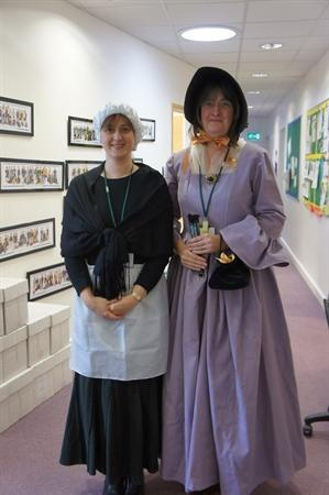 Lady Farquar and her maid Ethel