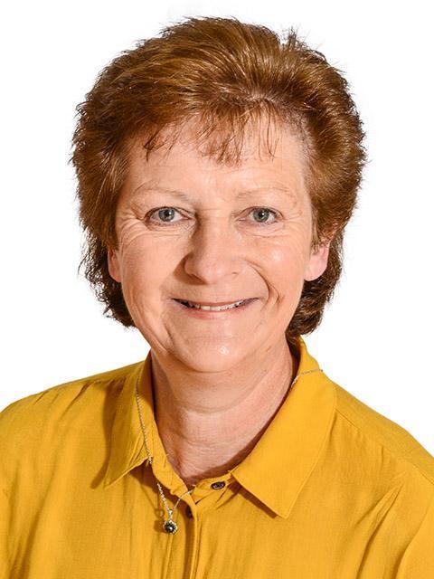 Mrs J Wills