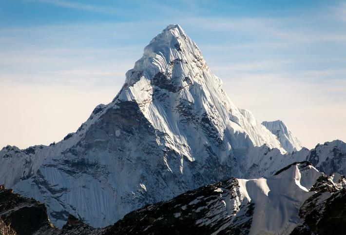 This mountain is the highest mountain on earth.
