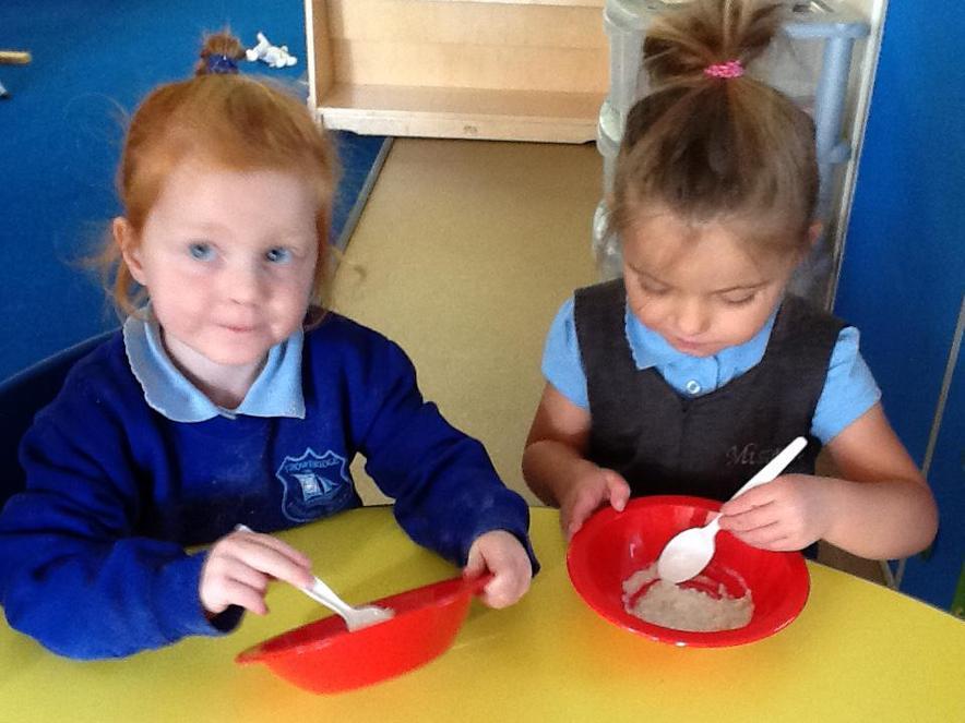 Tasting porridge