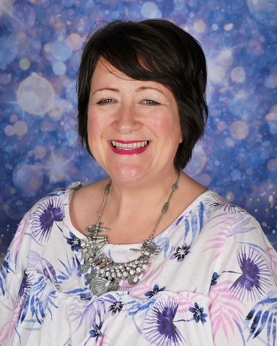 Mrs Elizabeth Shears - Headteacher and LLE