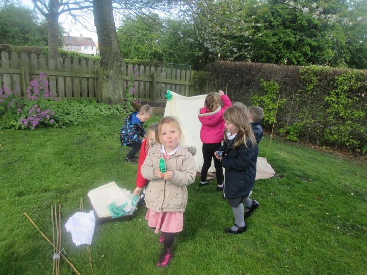 Building a yurt in the garden