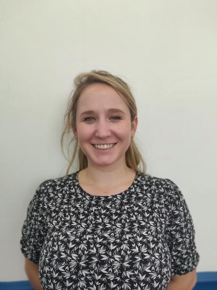Ms M Kummer - Razorbills Teacher